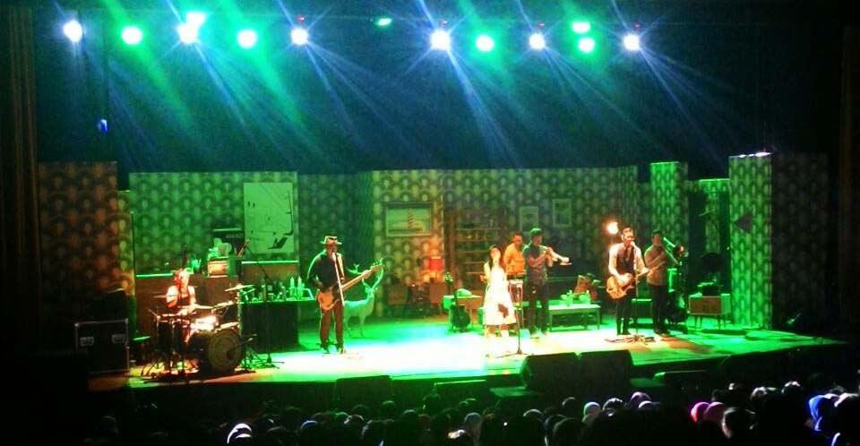 "Konser Mocca bertajuk ""Home"" di Teater Tertutup Dago Tea House pada Jumat (9/1). MP/ Kristiana Devina"