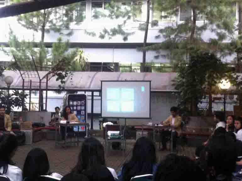 Debat Cakahim Manajemen di SC Ekonomi, Kamis (23/4). MP/ Hilmy Mutiara