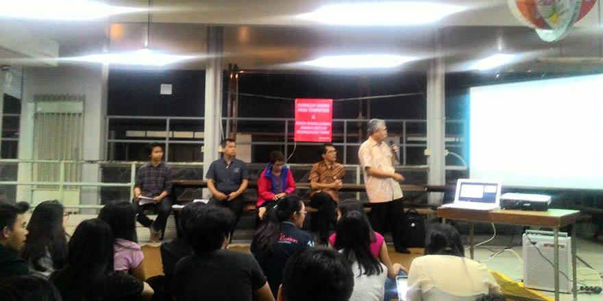 Suasana Sore Bersama (SOBERS) diskusi mengenai pembangunan PPAG antara Rektorat, Tim Pembangunan dan Mahasiswa. MP/ Gilang Ramadan