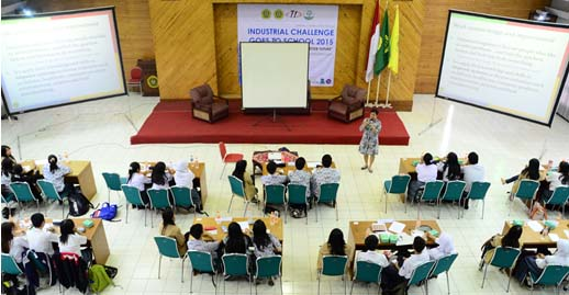 Suasana ICGS hari pertama (30/10) ketika sesi seminar oleh Ibu Catharina Badra Nawangpalupi, Dok. Divisi Dokumentasi ICGS 2015