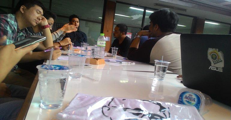 Suasana diskusi Ariefian, Rabu (18/2) lalu./Kristiana Devina