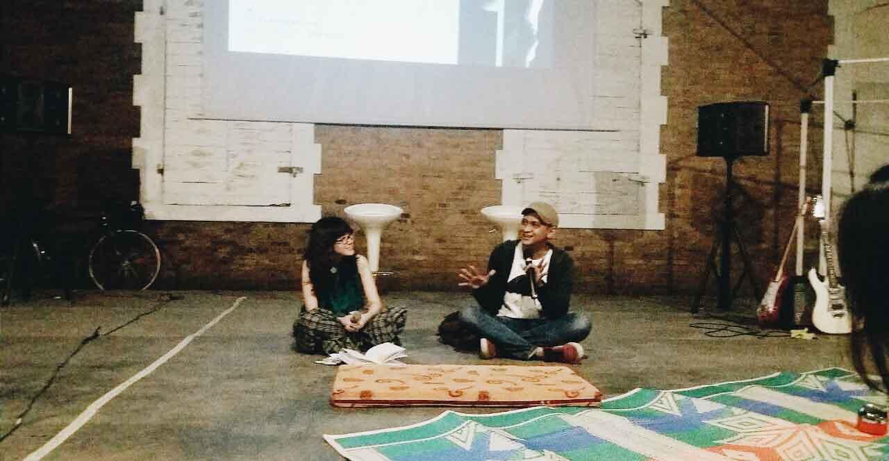 Acara Saturday Night Flix dihadiri oleh Edwin (Babibutafilm) dan Sidi Saleh (Produser Babi Buta Ingin Terbang)