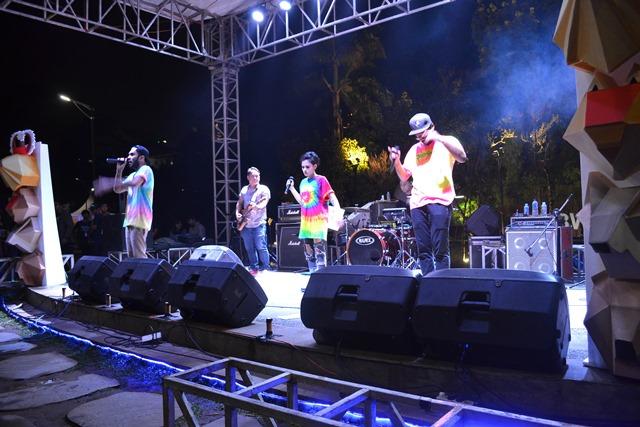 Penampilan Dekat dalam acara FON 2016 yang dilaksanakan di Teras Cikapundung/dok. Arya Mahakurnia