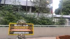 Ucapan selamat tinggal Gedung 5 oleh mahasiswa Aristektur 2013. Dok/MP