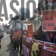 Pusat Perjuangan Mahasiswa untuk Pembebasan Nasional (Pembebasan) menggelar aksi di depan gedung Merdeka Bandung. Dok/MP