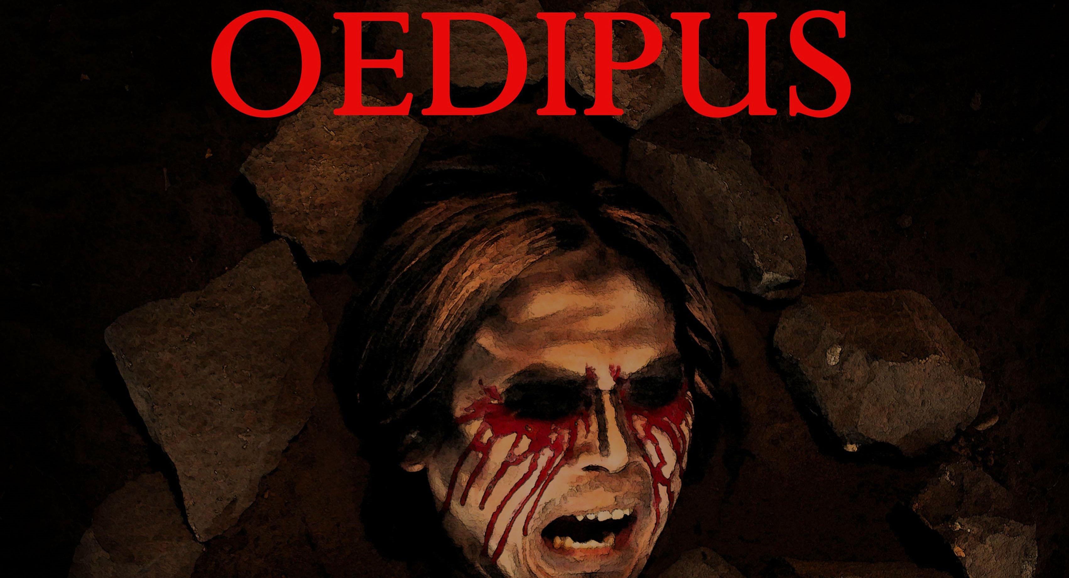 Meski Terlambat, Penonton Tetap Antusias Menantikan Pementasan Oedipus
