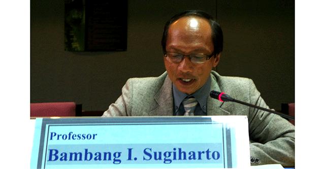Bambang Sugiharto Terpilih Sebagai Ketua Senat Universitas
