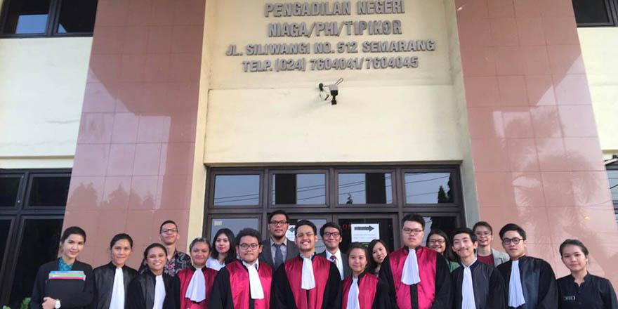 KMPSN Juarai Lomba Peradilan Semu Tingkat Nasional Piala Prof. Soedarto V