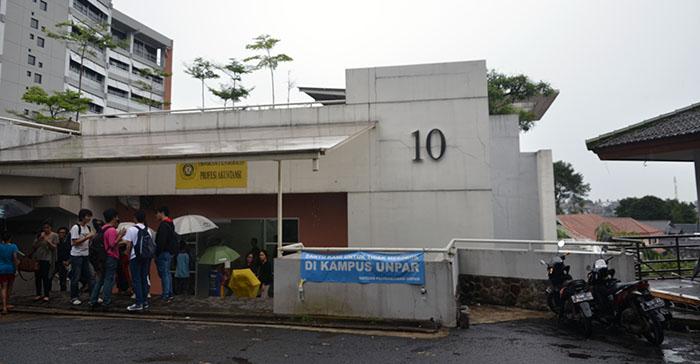 Penyekatan B2 Gedung 10 Diperuntukkan bagi Fakultas Teknik