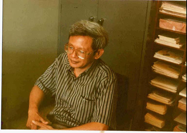 Arief Sidharta, Sosok yang Menjawab Melalui Buku