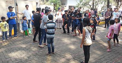 Ketua Forum RT/RW Cidadap Apresiasi Acara 17-an Kampus Jingga
