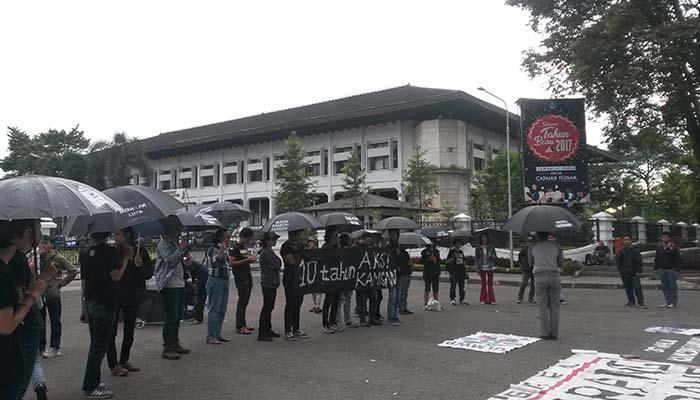 10 tahun Kamisan: Menagih Janji Jokowi Tuntaskan Pelanggaran HAM