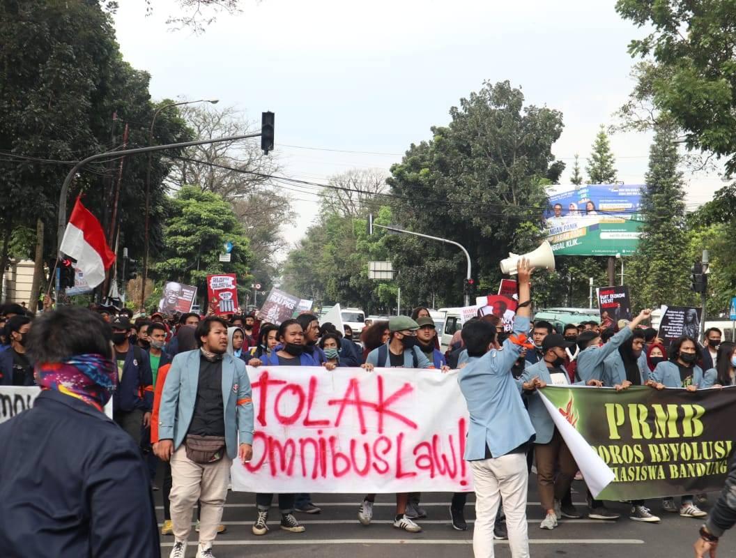 Mahasiswa Demo, DPRD Jabar Nyatakan Sikap Tolak Omnibus Law